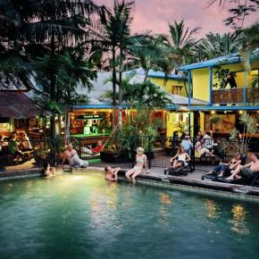 Hostales y Albergues - Calypso Inn Backpackers Resort Cairns