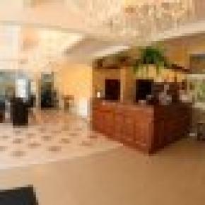 Hotel Daisy Superior