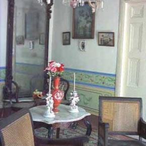 Hostales y Albergues - Casa Colonial Carlos Albalat Milord