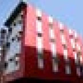 Hostales y Albergues - HOTEL SNOWWHITE DX.