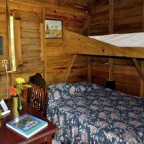 Hostales y Albergues - Secrets Cabins