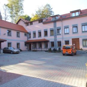 Hostales y Albergues - Hostal Inter  Liberec
