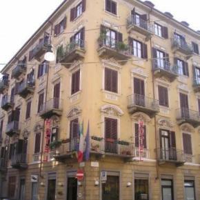 Hostales y Albergues - Hotel Montevecchio