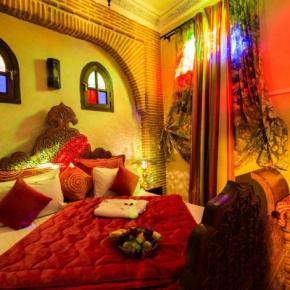 Hostales y Albergues - Riad & Spa Mabrouk