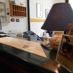 Hostales y Albergues - Hotel Le Orchidee