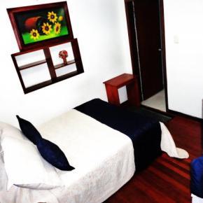 Hostales y Albergues - Hotel Casa Paulina