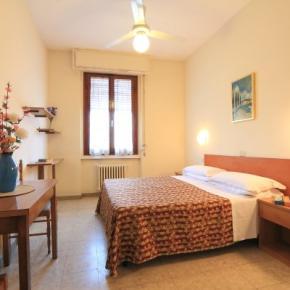 Hostales y Albergues - Hotel Pensione Ottaviani