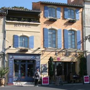 Hostales y Albergues - Le Calendal