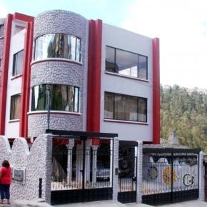 Hostales y Albergues - Chez Elena Guesthouse