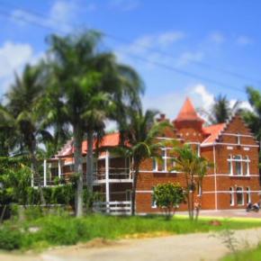 Hostales y Albergues - Hostal  Laguna Park Cabarete