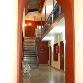 Hostales y Albergues - Hostal Ferienhaus  Salta