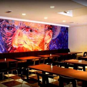 Hostales y Albergues - Hostal  Van Gogh