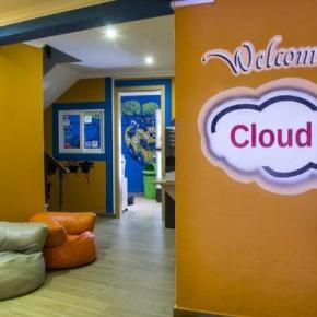 Hostales y Albergues - Hostal Cloud9
