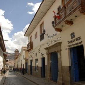 Hostales y Albergues - Hostal El Triunfo