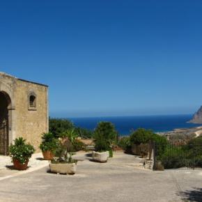 Hostales y Albergues - Hotel Baglio Santacroce
