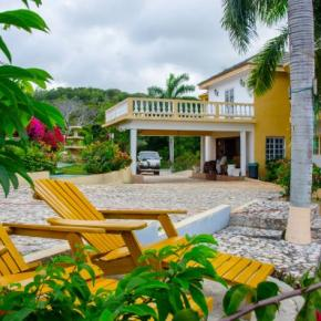 Hostales y Albergues - Emerald View Resort Villa