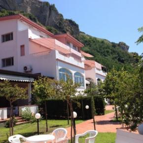 Hostales y Albergues - Hotel Zilema