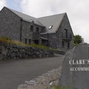 Hostales y Albergues - Hostal Clare's Rock