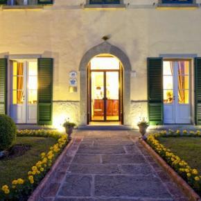 Hostales y Albergues - Villa Marsili