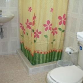 Hostales y Albergues - Hotel Casa Sarita