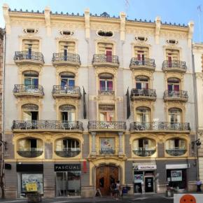 Hostales y Albergues - Hostal Red Nest