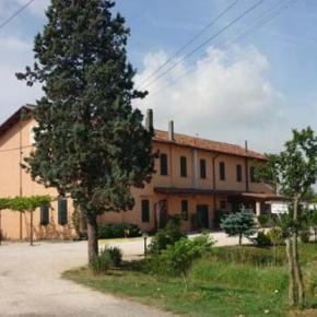 Hostales y Albergues - Affittacamere Il Casolare