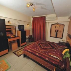 Hostales y Albergues - Alexandria Hotel