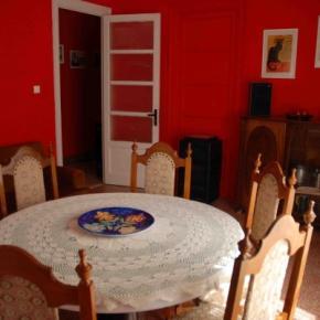 Hostales y Albergues - Seralcadio Bed&Breakfast