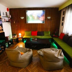 Hostales y Albergues - Hostal Hi Skopje