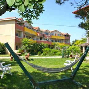 Hostales y Albergues - Hotel Jakuzzi