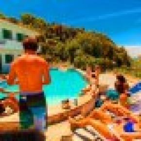 Hostal Paradise Beach