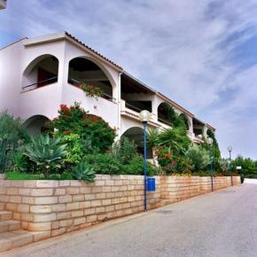 Hostales y Albergues - Residence Capo San Marco & Renella