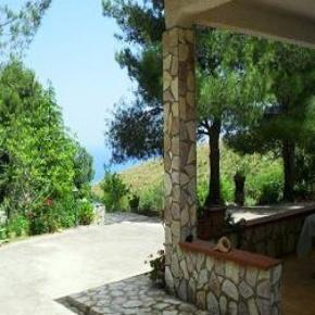 Hostales y Albergues - Tree House Il Girasole, Villa Sarmuci