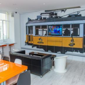 Hostales y Albergues - Hostal Golden Tram 242 LISBON