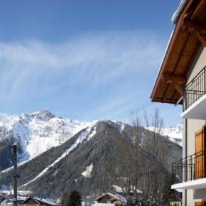 Hostales y Albergues - Villa Mont Blanc