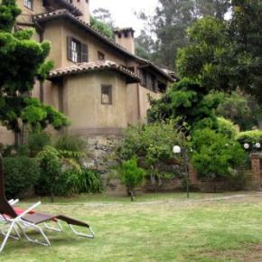 Hostales y Albergues - Casona Espanola