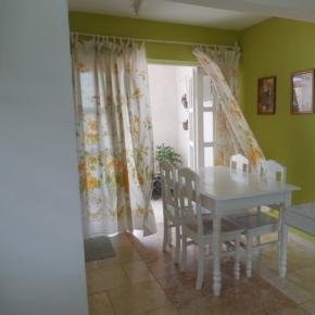 Hostales y Albergues - Casa Ruth