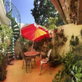 Hostales y Albergues - Casa Bernardo