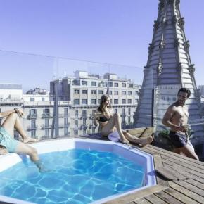 Hostales y Albergues - Hostal Urbany  BCN GO!