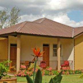 Hostales y Albergues - Milimani Self Catering Cottages