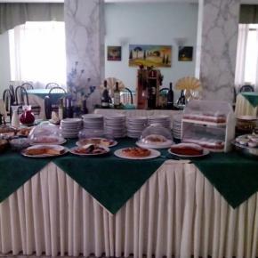 Hostales y Albergues - Quisisana Hotel