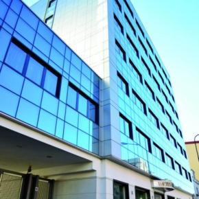 Hostales y Albergues - Hotel Cristina Napoli