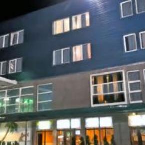 Hostales y Albergues - BM Hotel