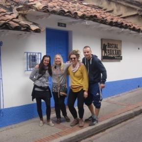 Hostales y Albergues - Hostal Bakano Backpackers