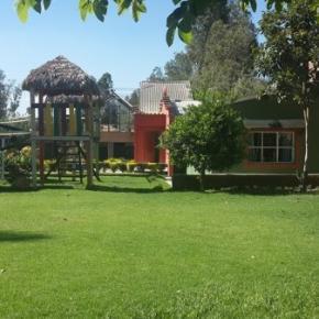 Hostales y Albergues - Hostal Las Lilas