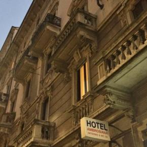 Hostales y Albergues - Hotel Ambrosiana
