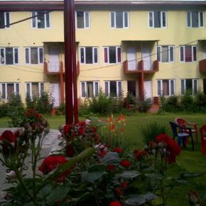 Hostales y Albergues - Hotel Vikram