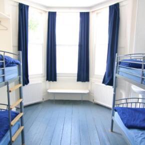 Hostales y Albergues - Hostal Brighton