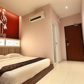 Hostales y Albergues - Sri Enstek Hotel near to KLIA & KLIA2