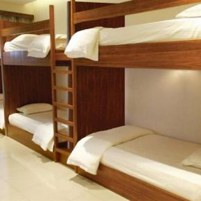 Hostales y Albergues - Sri Packers Hotel near to KLIA & KLIA2